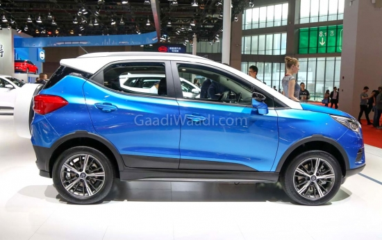 Competitor of Ford EcoSport, from a Chinese manufacturer